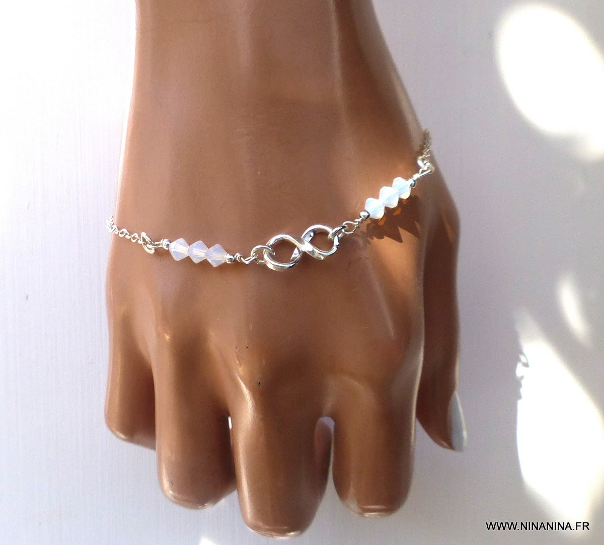 Bracelet infini Swarovski argent 925 massif perles blanches